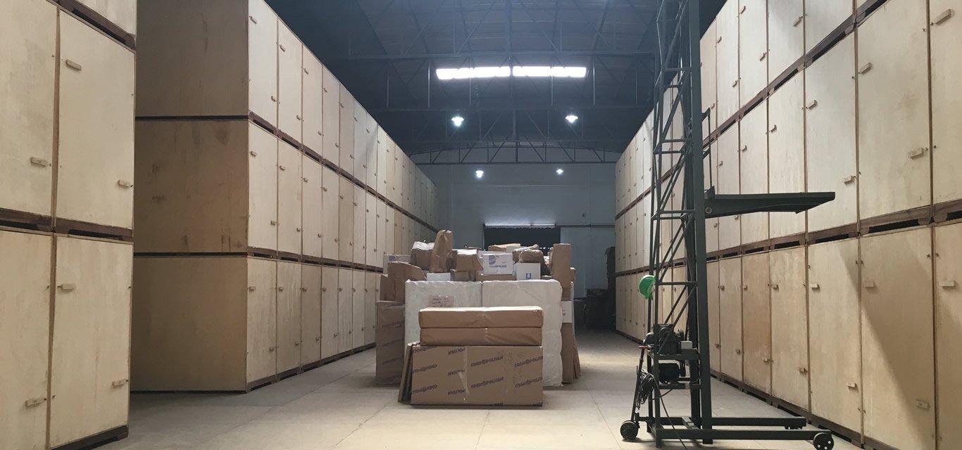Guarda móveis: 7 dicas de como guardar objetos no box