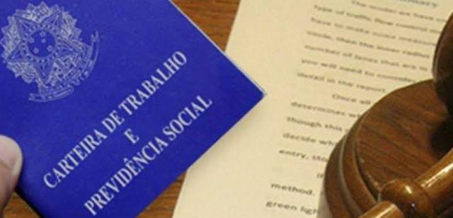 Advocacia trabalhista: como funciona o aviso prévio indenizado?
